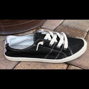 Shoes - Roxy -like canvas shoes